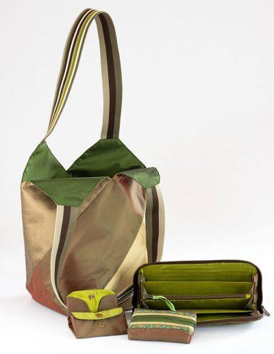 Set aus Shopper, Geldbörse, Etui und Taschentuchbox