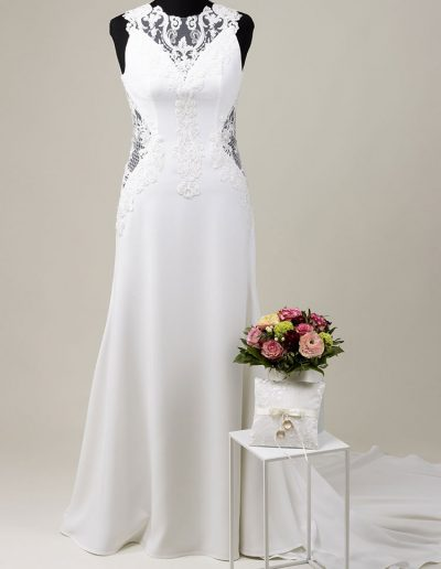 Ärmelloses Brautkleid mit Spitze